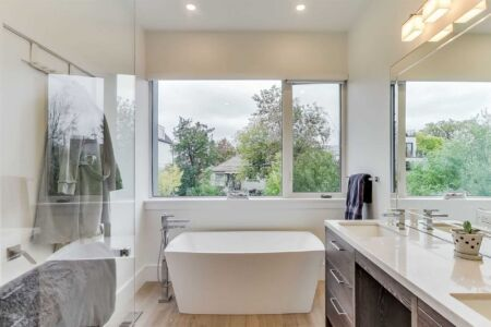 Ensuite Bath Modern Freestanding Tub Toronto