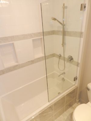 White transitional Shower with splashguard