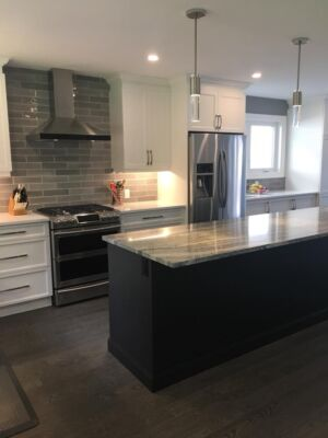 Transitional Kitchen Toronto Suburb Ontario